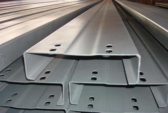 Chine Les Purlins en acier galvanisés par section de C Z Petit-ont formé de la bande en acier Salut-De tension fournisseur