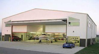 Chine Hangars en acier préfabriqués adaptés aux besoins du client d'avions avec l'économie de travail fournisseur