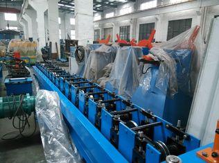 Chine Le support solaire laminent à froid former l'acier au carbone Q195/Q235 de machine fournisseur