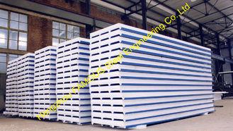 Chine La toiture ondulée préfabriquée en métal couvre la laine de roche d'unité centrale du sandwich ENV fournisseur